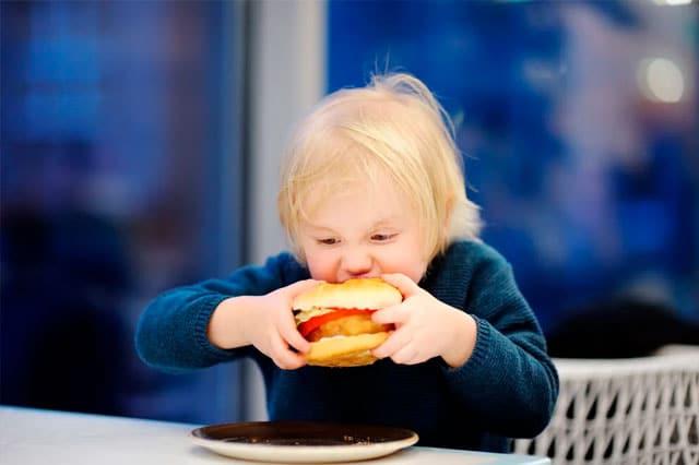 Obesidad infantil y apnea del sueño, ¿qué relación existe?