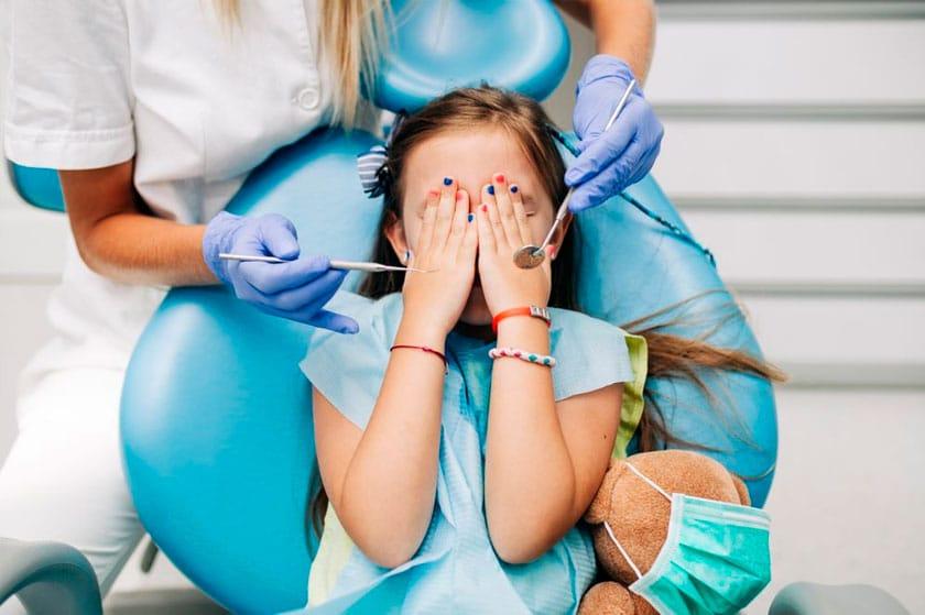 ¿Cómo evitar que mi hijo tenga miedo al dentista?