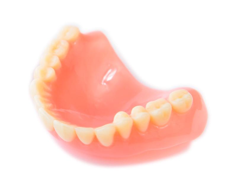 boca con prótesis
