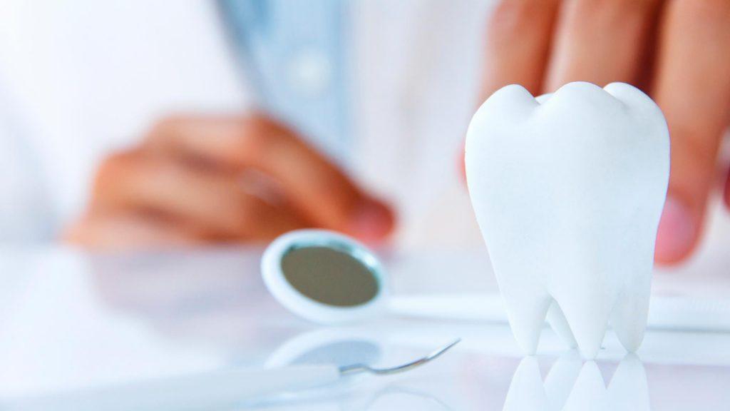 ¿Como se produce la caries dental?