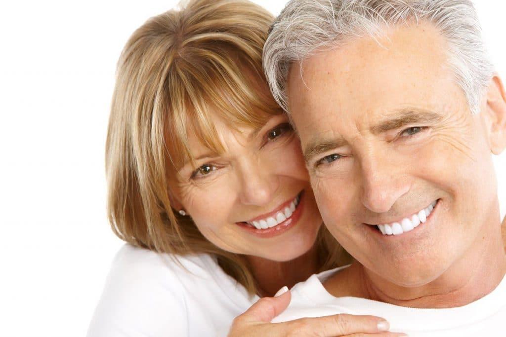 ¿Cómo cuidar la salud dental de nuestros abuelos?