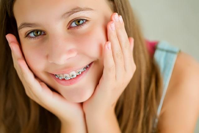 ¿Qué tipo de ortodoncia necesita una persona en edad juvenil?