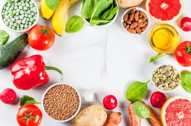 Hábitos alimenticios para una extensa durabilidad de un blanqueamiento dental
