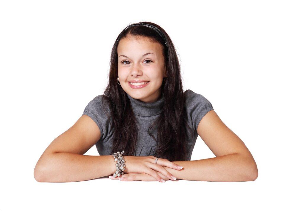 Salud bucal en la adolescencia ¿odontopediatría o odontología